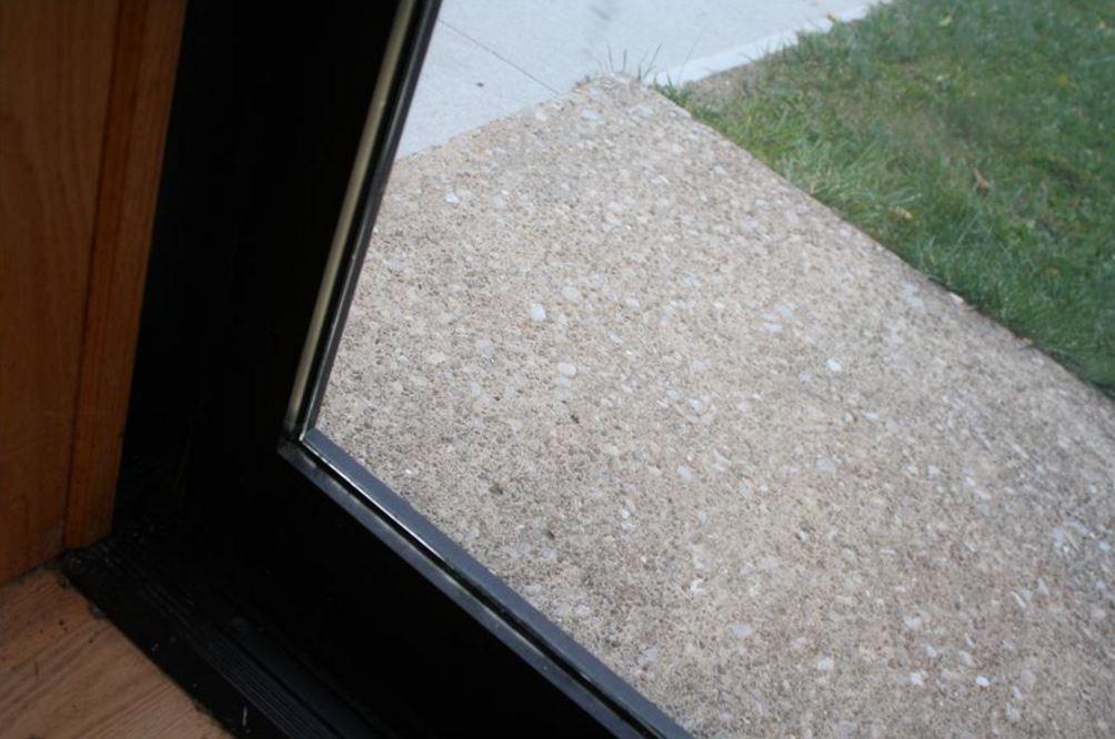 uv blocking window film r07500 window film and more. Black Bedroom Furniture Sets. Home Design Ideas